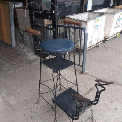 Vintage Shoe Shine Chair#WHI