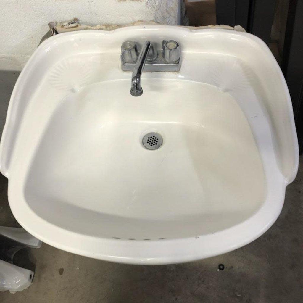 Shell Pedestal Sink