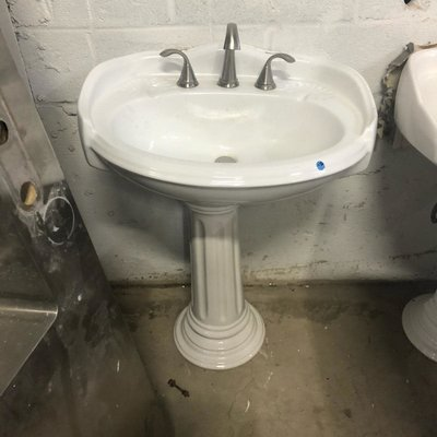 SeaShell Pedestal Sink with Stainless Steel Faucet