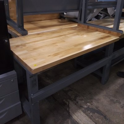 Solid Maple Top Workbenches