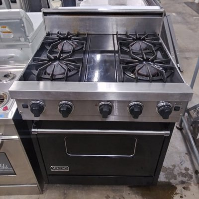 30'' Viking Open Burner Convection Range