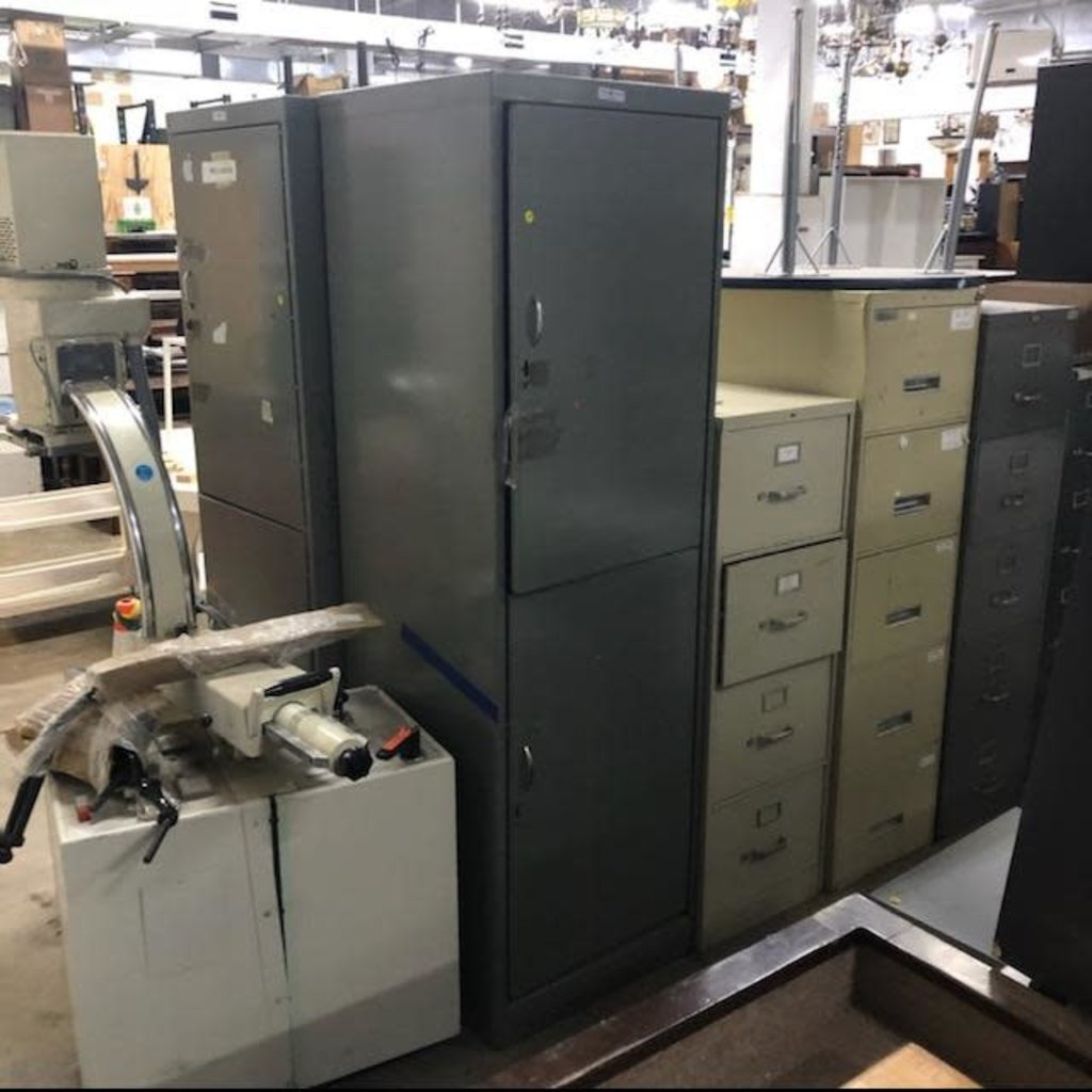 Grizzly Equipment Steel Lockers