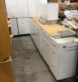 Vintage White Geneva Metal Kitchen Set