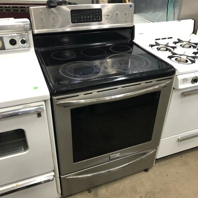 Frigidaire Electric  Range