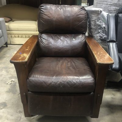 Comfy Leather Recliner #BLU