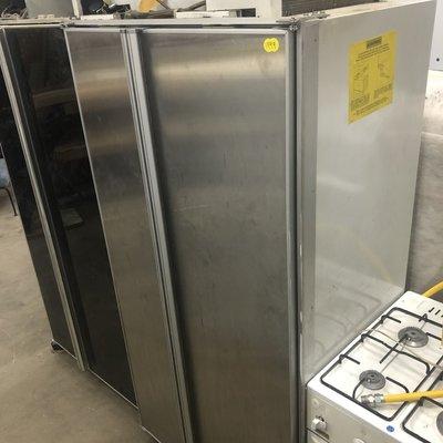 Sub-Zero Refrigerator 561 #YEL