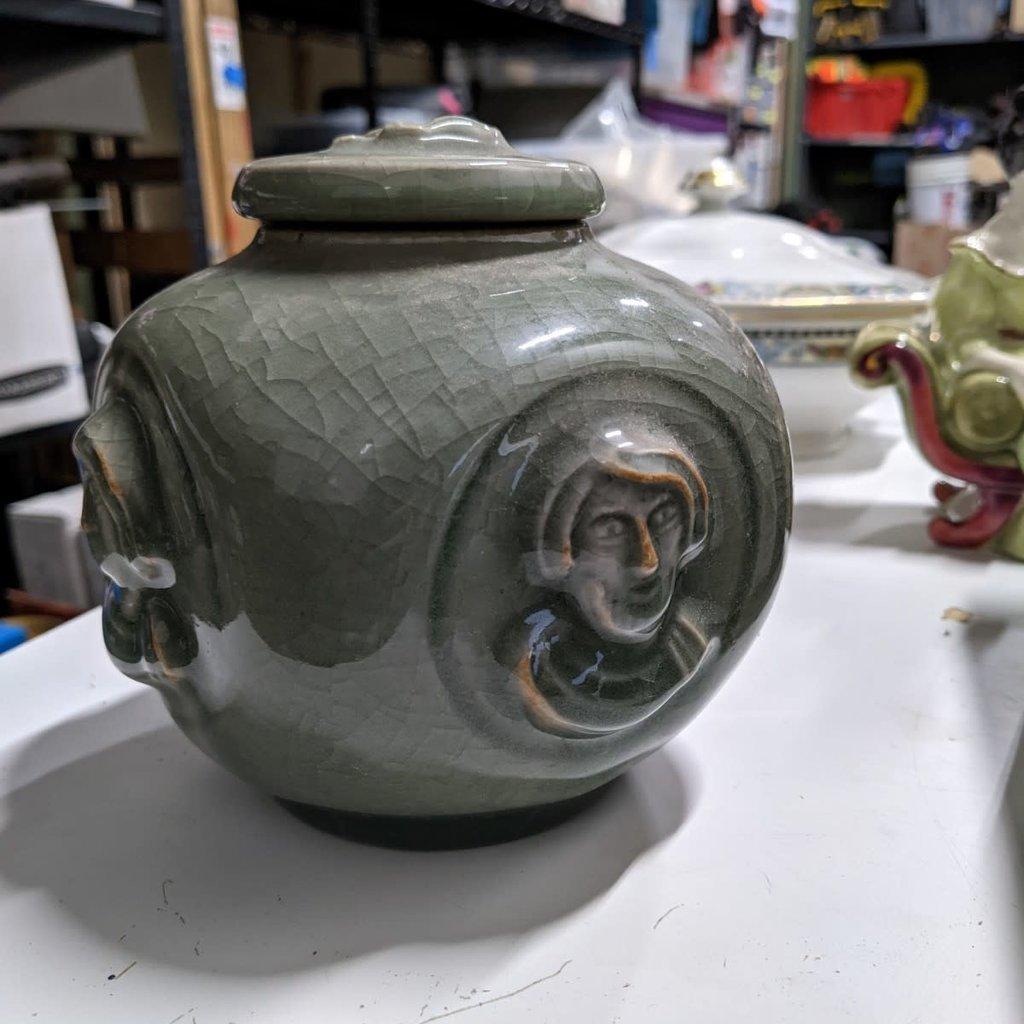 Porcelain Cache Pot/Vase