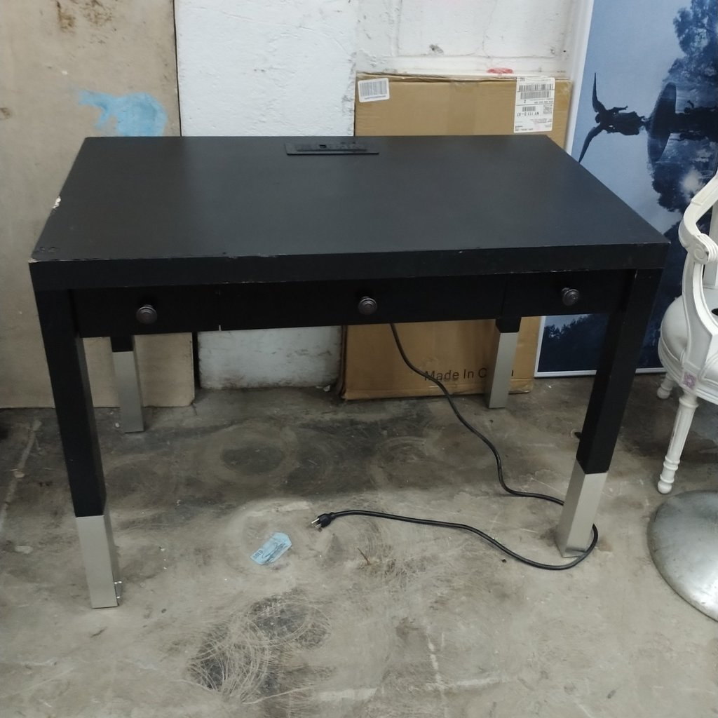 42'' Wooden Ply Desk