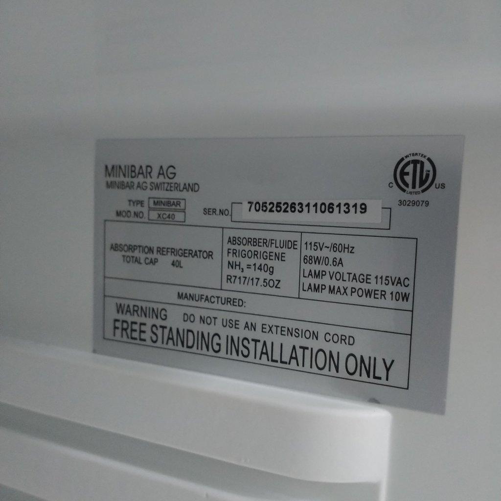 Minibar XC-40