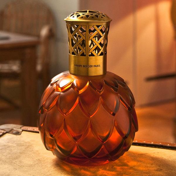 """Lampe """"Artichaut ambre"""" par Lampe Berger Paris"""