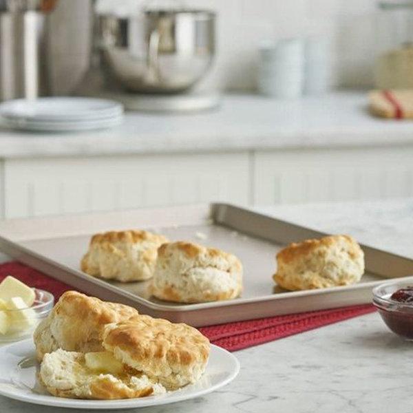 Plaque à biscuits 25 x 38x 2,5 cm antiadhésive de Kitchenaid