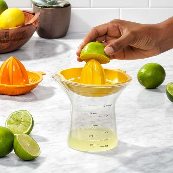 OXO Large 2-in-1 Citrus Juicer