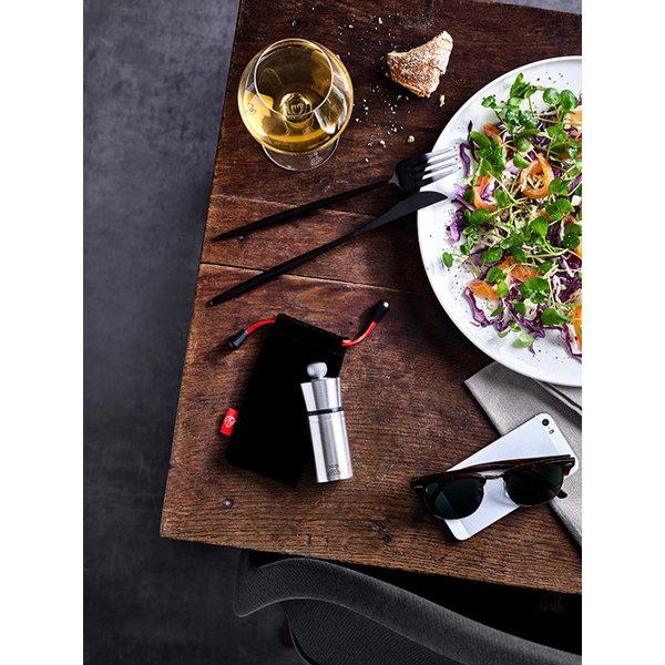 Moulin à poivre compact Peugeot en acier inoxydable avec manchon protecteur en feutre, 10 cm