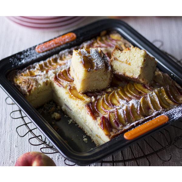 Le Creuset Square Cake Tin