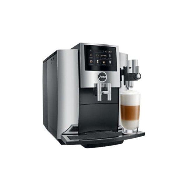 Machine à espresso automatique S8 Chrome de Jura