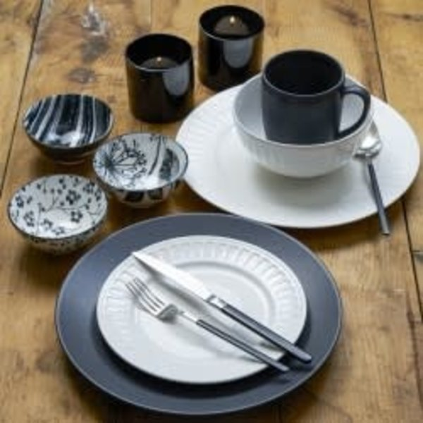 Brilliant Kimono Stainless Steel 20 Piece Flatware Set