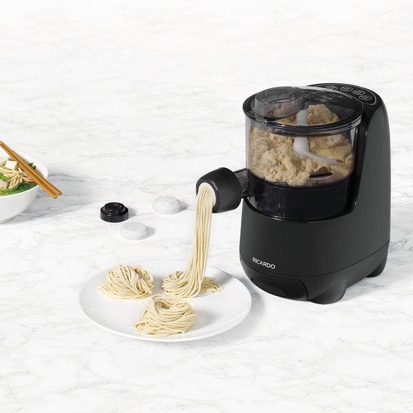 Machine à pâtes et nouilles électrique de Ricardo