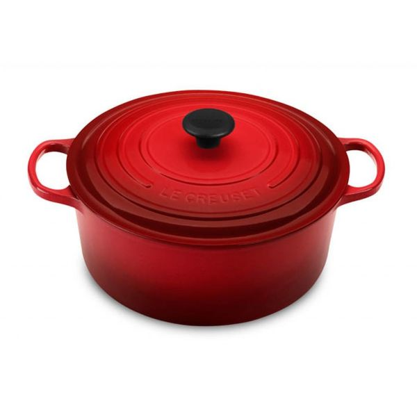 Le Creuset 5.3L Round French Oven Cherry