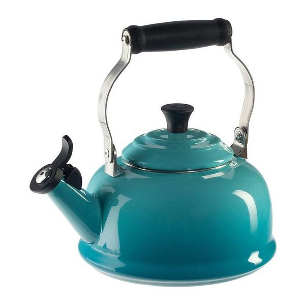 Le Creuset Classic Whistling Kettle Caribbean