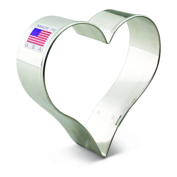 Ann Clark Cookie Cutter Heart 3 1/4''