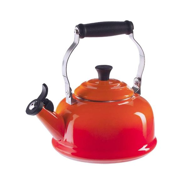 Le Creuset Classic Whistling Kettle Flame