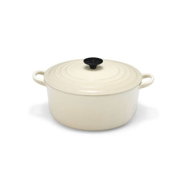 Le Creuset 5.3L Round French Oven Dune