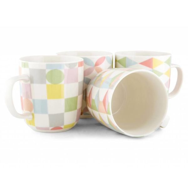 "Maxwell & Williams Set of 4 ""Geoclectic"" Mugs"