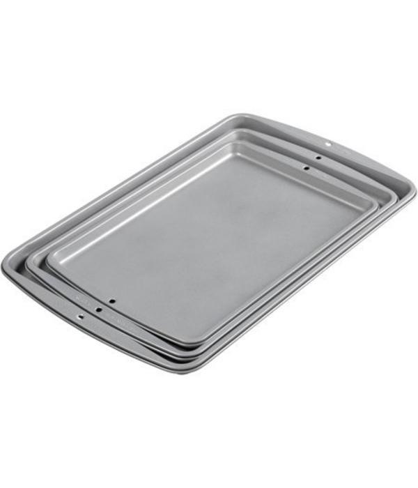 Wilton Wilton Recipe Right Cookie Pan Set of 3