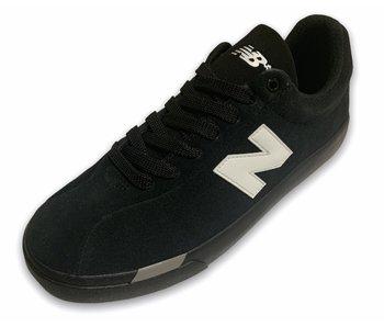 New Balance 22 Black/White Shoes