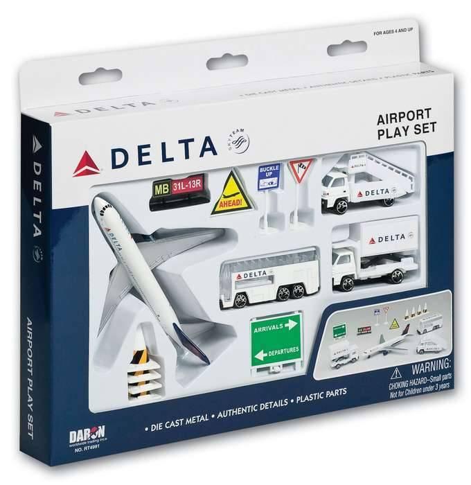 AIRPORT PLAY SET, 13 PIECE, DELTA
