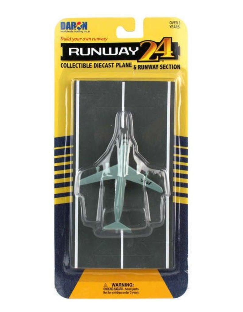 C-5 GALAXY CARGO PLANE, RUNWAY 24