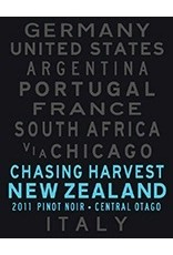 Australia/New Zealand Wine Chasing Harvest Pinot Noir Central Otago New Zealand 2014 750ml