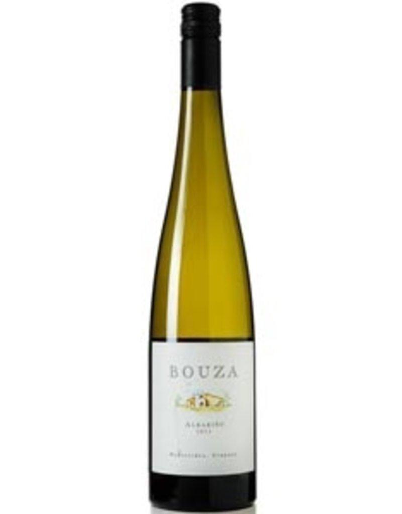 South American Wine Bouza Albariño Montevideo Uruguay 2015 750ml