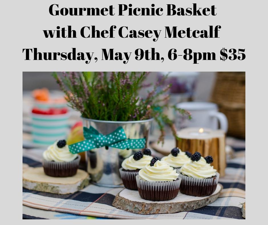 Gourmet Picnic Basket