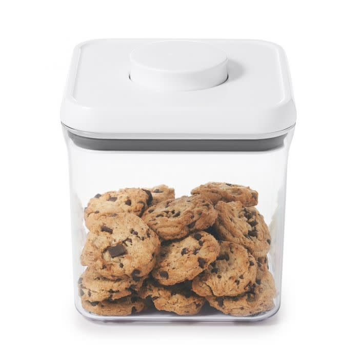 Oxo Pop 2.4qt Container
