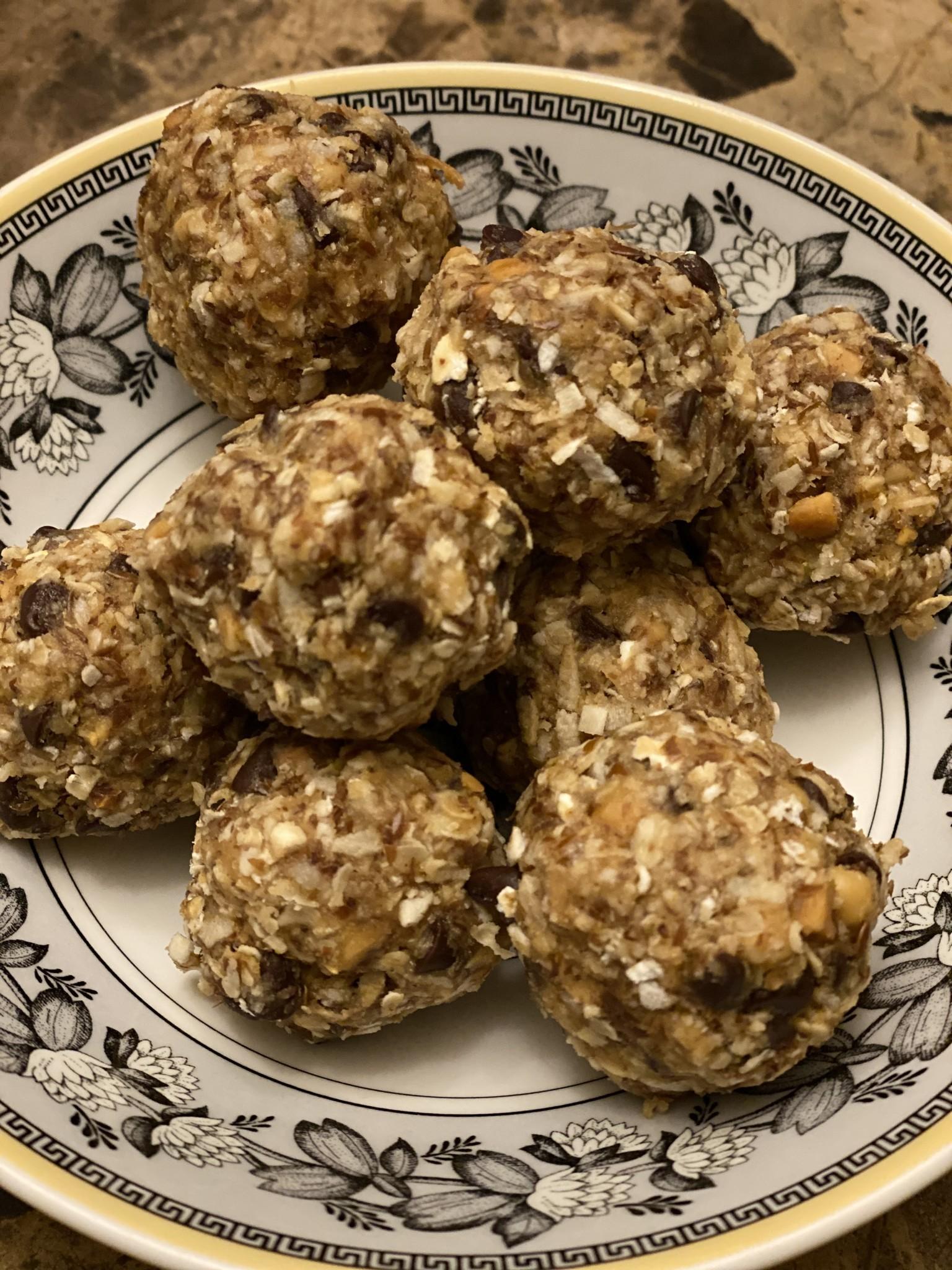 Bekah Kate's Comfort Foods #4 - Energy Bites