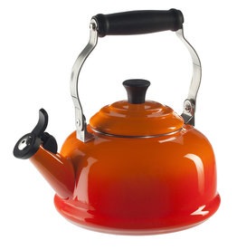 Le Creuset 1.7 Qt Whistling Tea Kettle