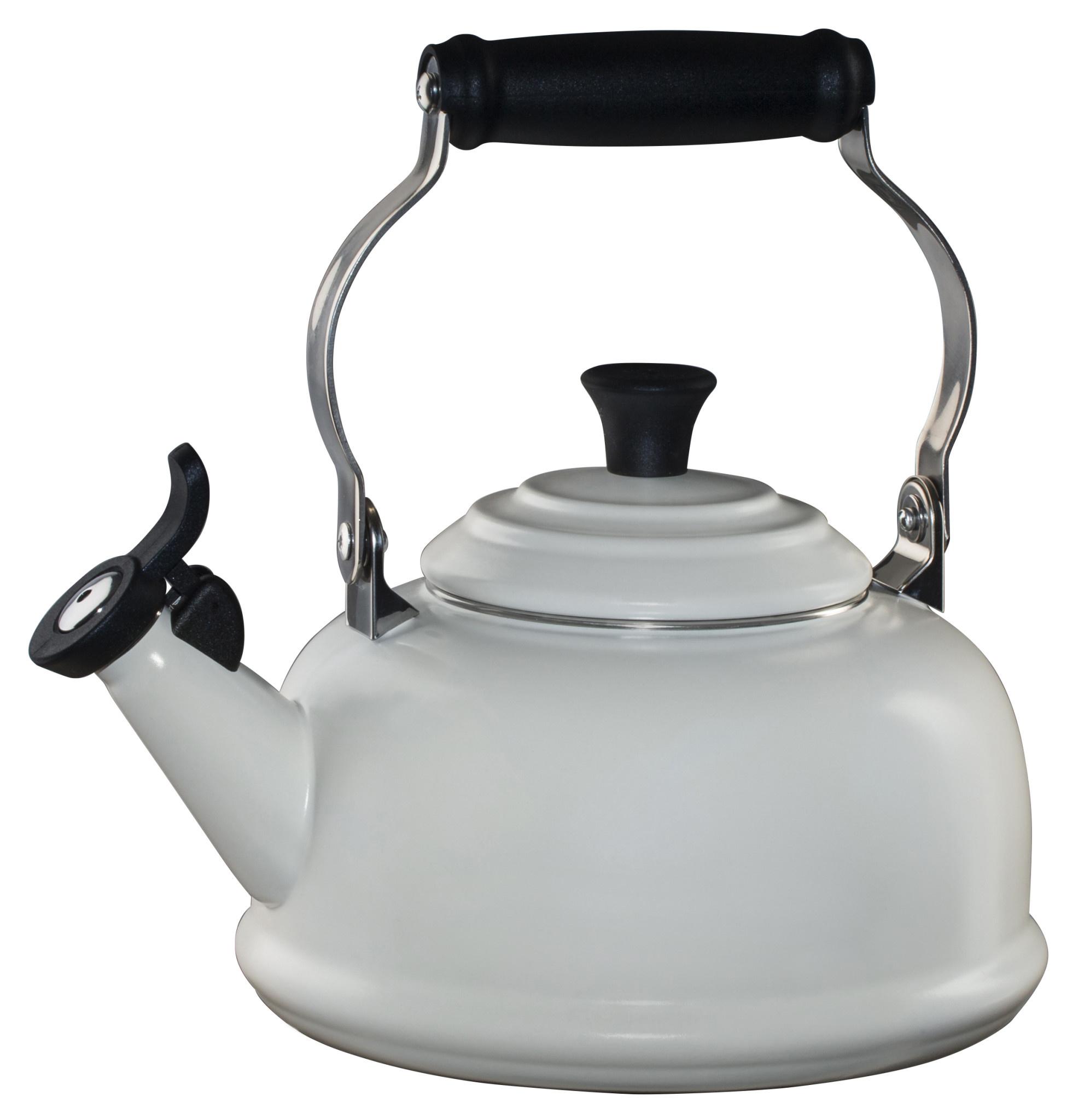 Le Creuset 1.7 Qt Whistling Tea Kettle