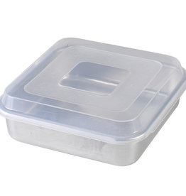 Nordic Ware Square  9x9 Cake Pan with Lid
