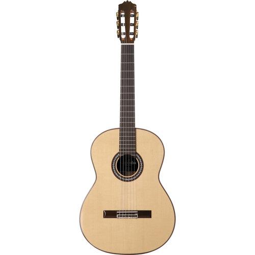 Cordoba Guitars Cordoba - C9 Luthier Series - Acoustic Nylon String - Classical Guitar - European Spruce Top - Polyfoam Case