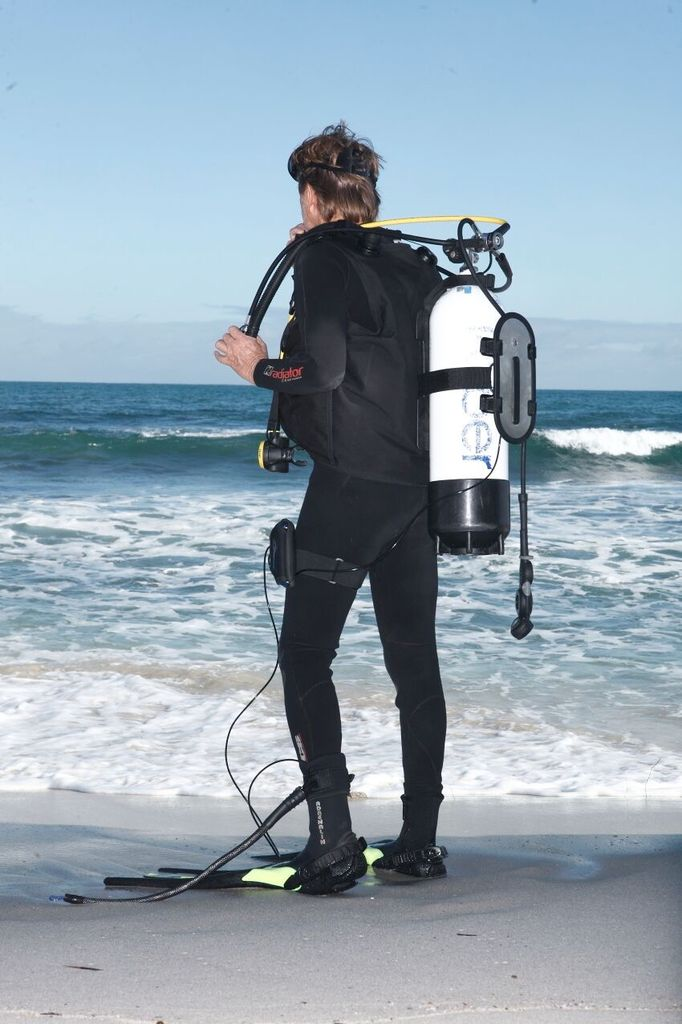 Ocean Guardian Shark Shield SCUBA7 - SCUBA Diving Shark Deterent System