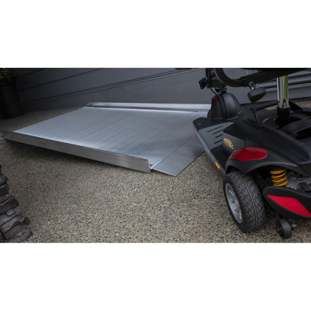 EZ-ACCESS EZ-ACCESS Passerelle de 9 pieds Surface solide Rampe