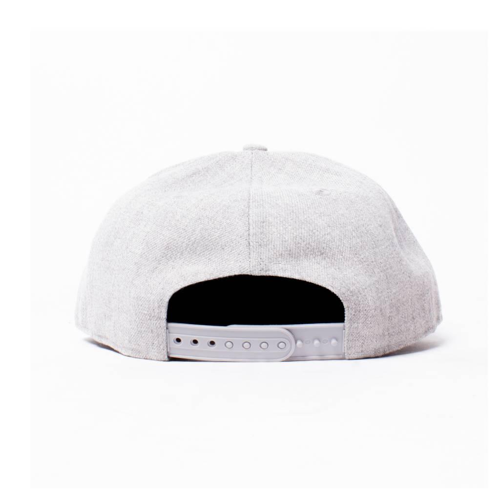 BBC BBC Helmet Snap Gradient Grey