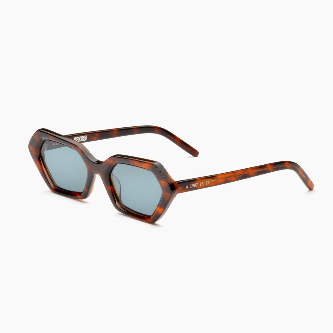 10 Deep 10 Deep x Akila Sunglasses Tortoise