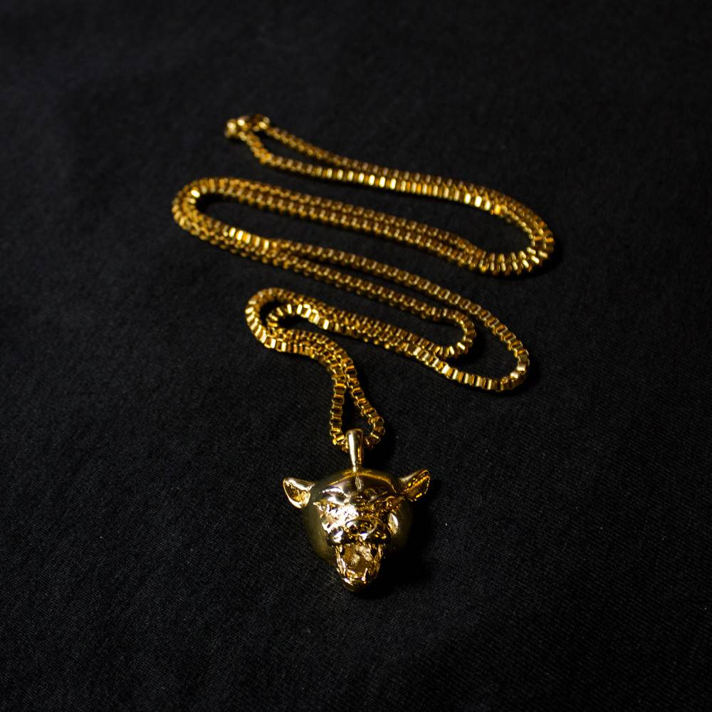 Jugrnaut Jugrnaut x Veritas  Black Cat 24 kt. Yellow Gold