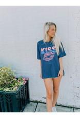 Kiss Lips Graphic Tee