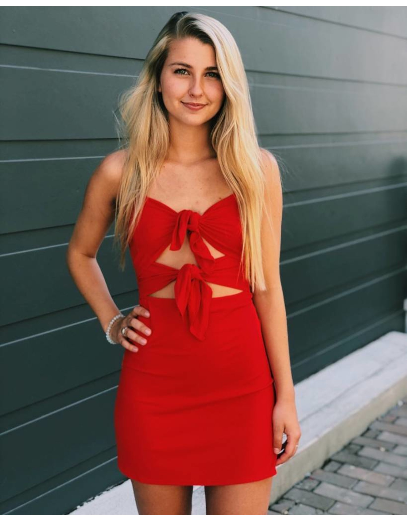 Coming in Hot Dress
