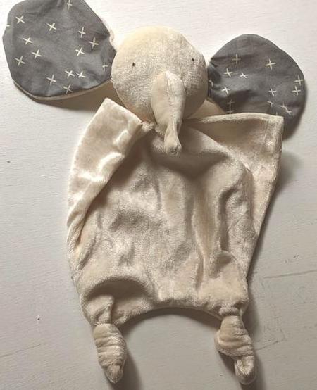Éléphant Doudou Oreilles en Couleurs de Bambou de Papoum Papoum/ Elephant Bamboo Blanket