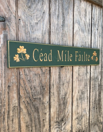 """PLAQUES, SIGNS & POSTERS """"CEAD MILE FAILTE"""" CARVED WOOD SIGN"""