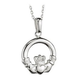 6c70b72bf29571 PENDANTS & NECKLACES SOLVAR STERLING SML CLADDAGH PENDANT